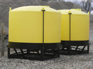 F&S 1600 gal cone bottom tanks